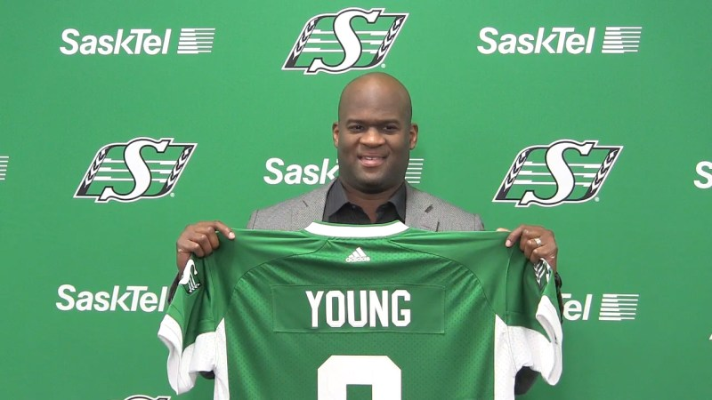 Unlikely to succeed? Vince Young signs for Saskatchewan
