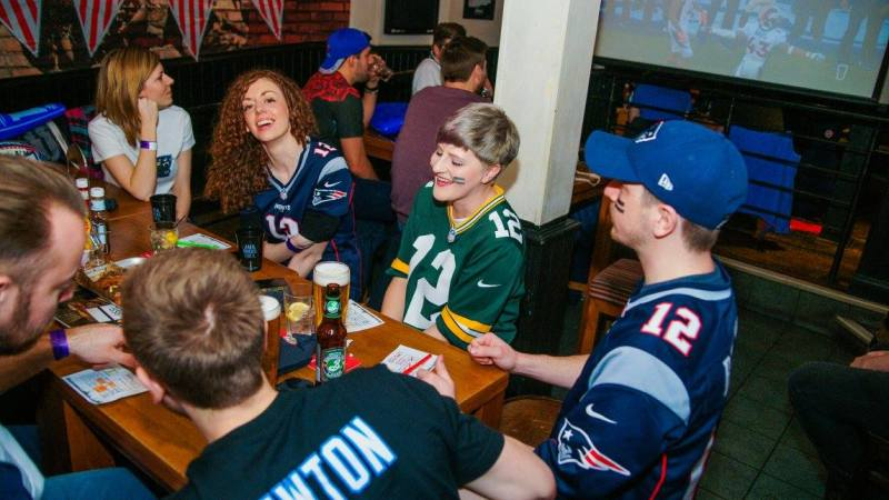 Join us at the second #NFLUKFanMeetUp social event of 2017 (30 September 2017)