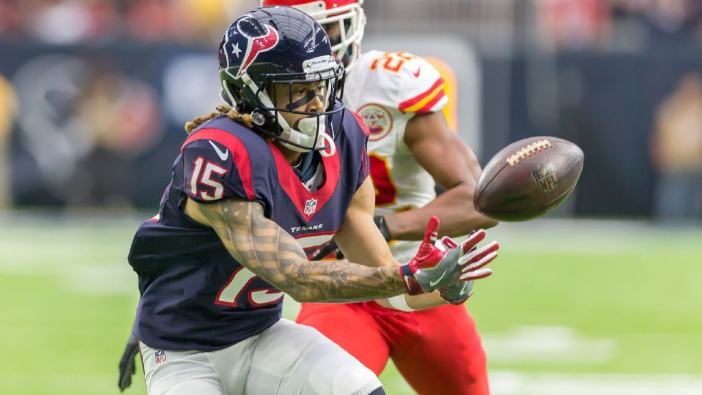 Fuller breaks collarbone. What can the Texans do?