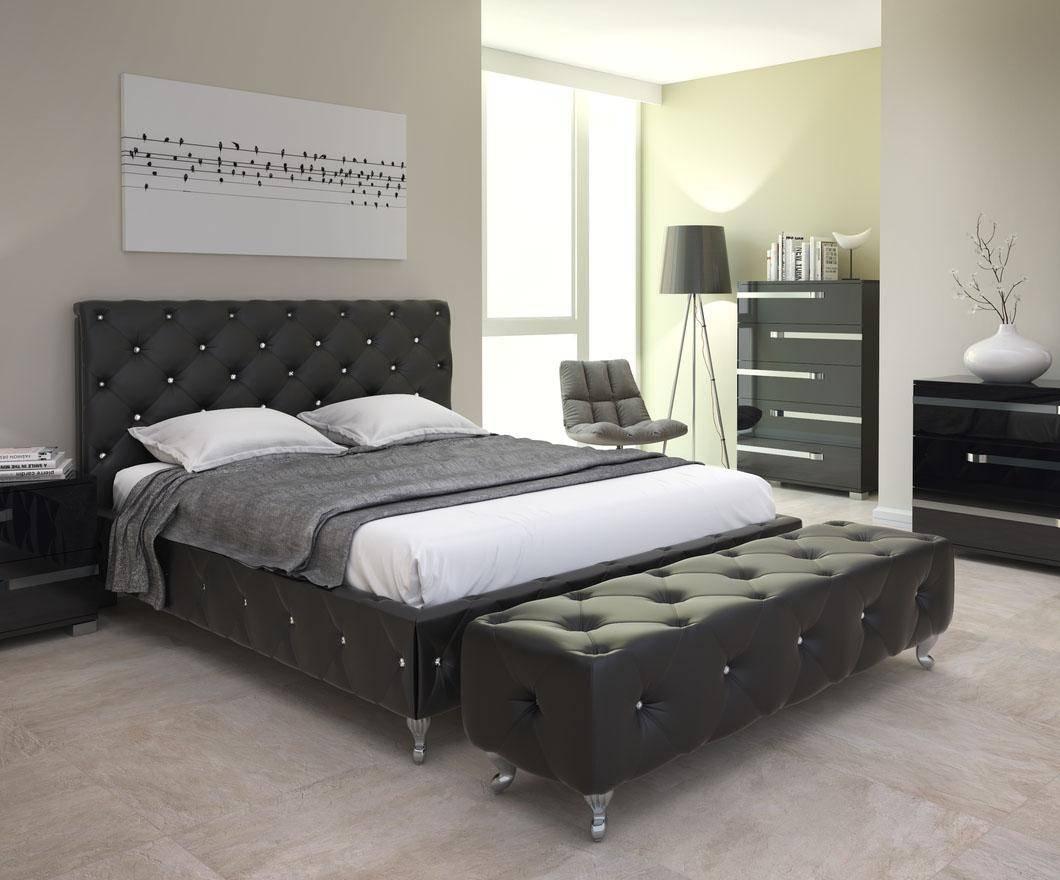 at home maria queen platform bedroom set 2 pcs in black leatherette
