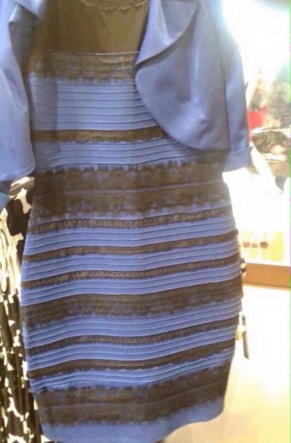 Rochie albastru cu negru