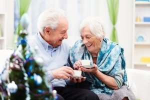 5 Ways to Celebrate Stress-Free Holidays with Senior Loved Ones