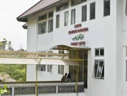 MUI: Heran Cadar Dilarang Tapi Berpakaian Seksi Dibiarkan