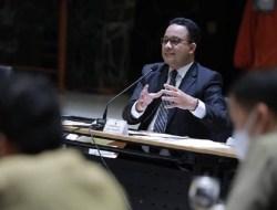 Beda Pandang PKS dan PDIP soal Survei 'Jika Pilgub DKI Digelar saat Ini'