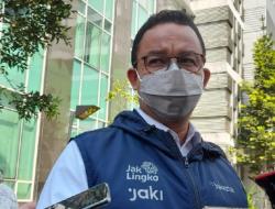 Anies Terperosok ke Selokan, Warganet: 'Tanda-tanda Akan Jadi Presiden'