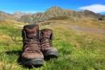 sepatu hiking
