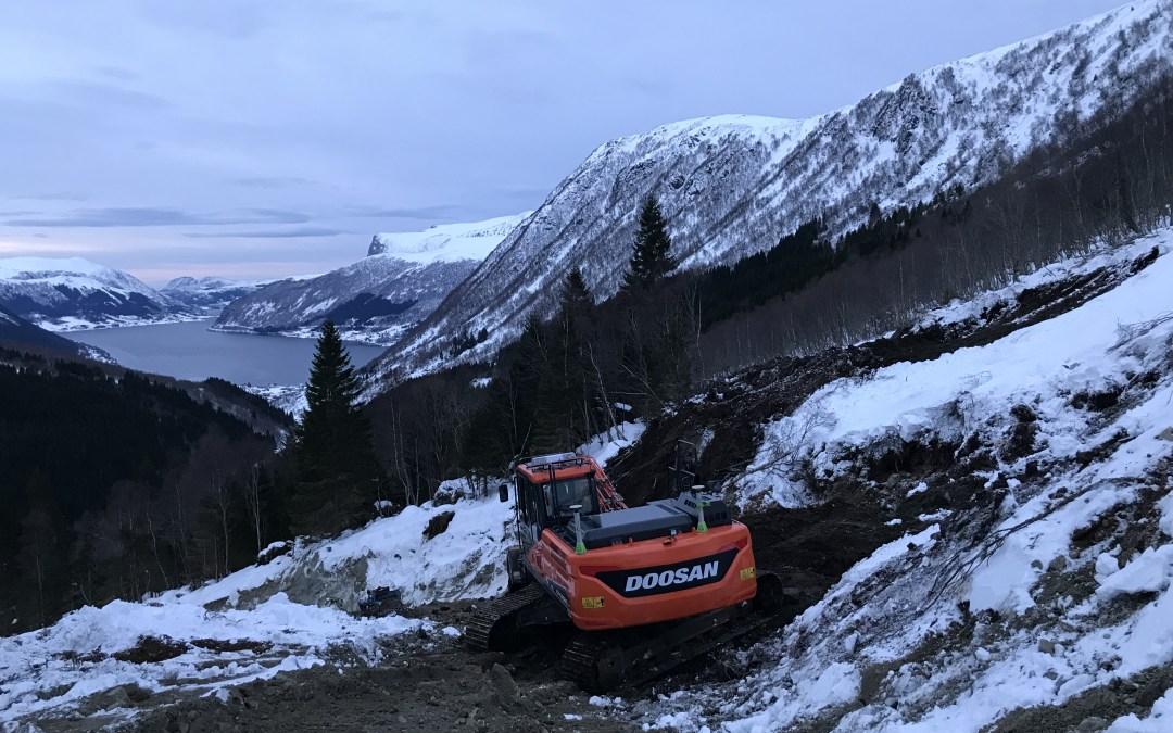 Vinter og kraftverks-bygging i Røfsdalen