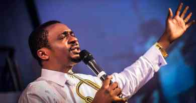 Nathaniel Bassey Songs Lyrics in-Full, Music Albums and Full Biography