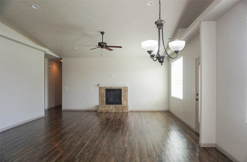 170 Night Hawk living and dining rooms