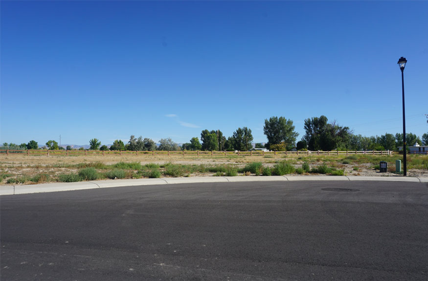 1485 Lakeview Place is a vacant building lot in Fruita, CO