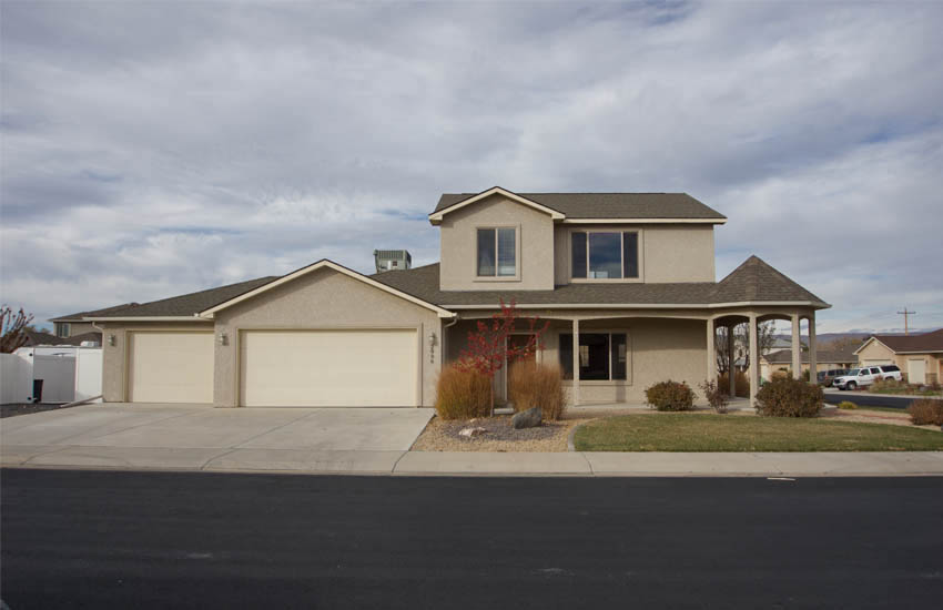 2996 Osprey Way is a 4 bedroom, 2.5 bath home in Hawks NEst with a 3-car garage and RV parking.