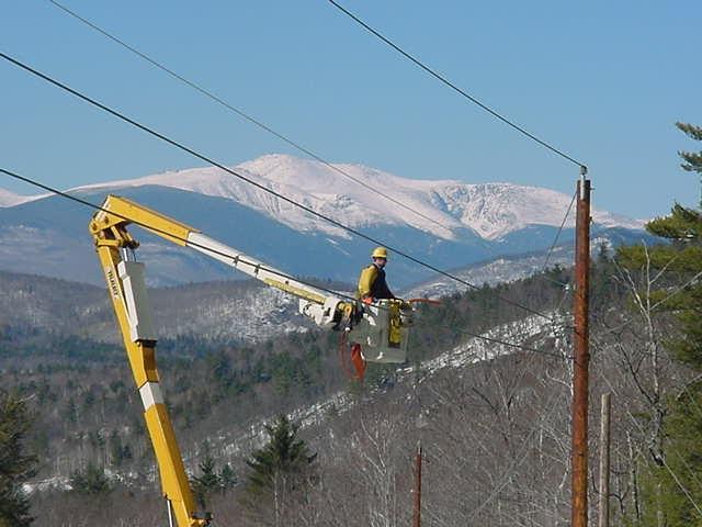 Lineworker near Mt. Washington