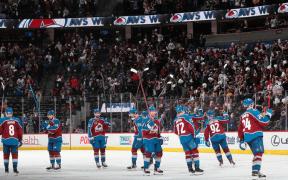 Colorado Avalanche após vitória no jogo 2 do segundo round