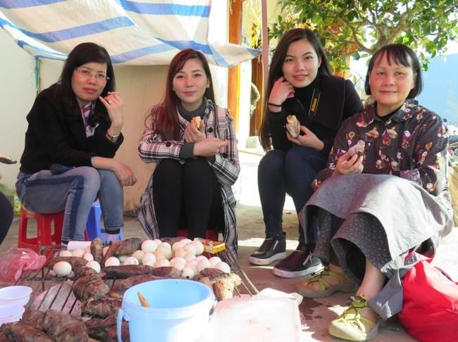 Huong, Thao, Ha, Mai