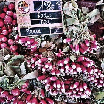 saturday_morning__farmersmarket_in_limoges_filled_with_gorgeous__autumn_produce_