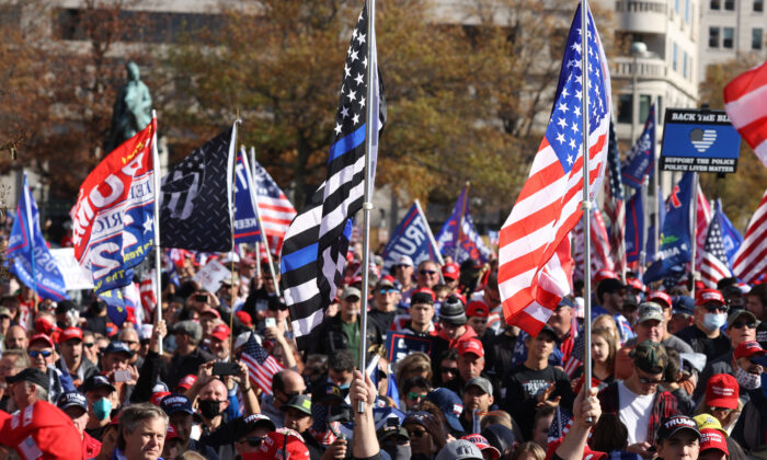 Massive Crowds of People March in DC to Show Support for Trump, Demand Election Integrity