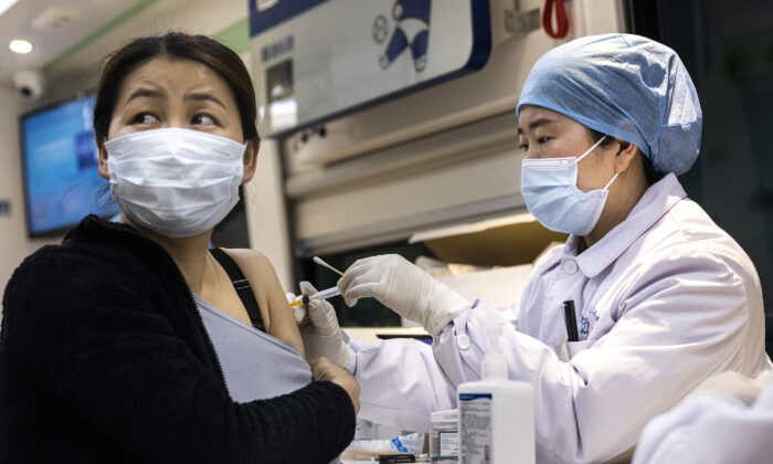 China Mandates Vaccination of All Military Personnel Despite Numerous Reports of Vaccine Related Deaths and Low Vaccine Efficacy