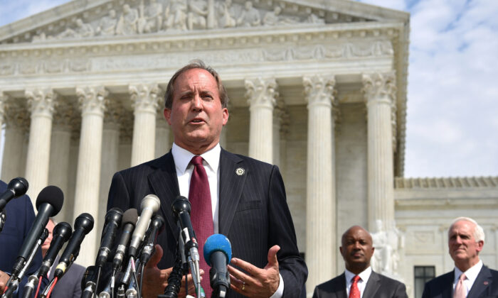 Texas Attorney General Leads 10-State Coalition Supporting Florida Ban on Big Tech Censorship