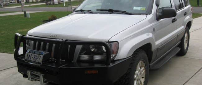 Jeep Grand Cherokee with ARB Bull Bar