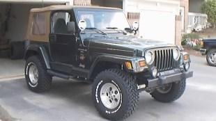 Lifted Jeep Sahara