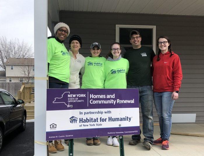PTK volunteers with Habitat for Humanity