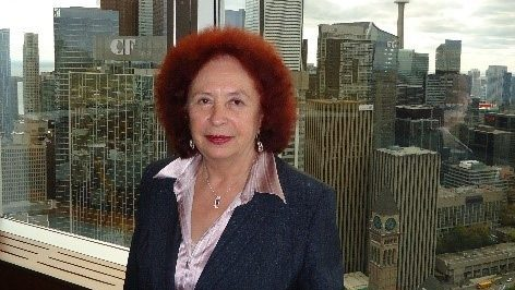 Dr. Lydia Kostova