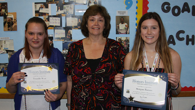 Honors Institute Awards