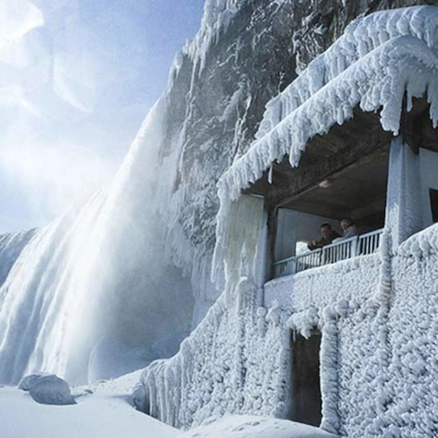 Journey Behind The Falls  Things to do  Niagara Falls Canada