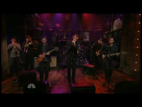 , The National – Terrible Love (live on Fallon)