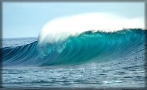Big wave break near Playa Escameca, Nicaragua