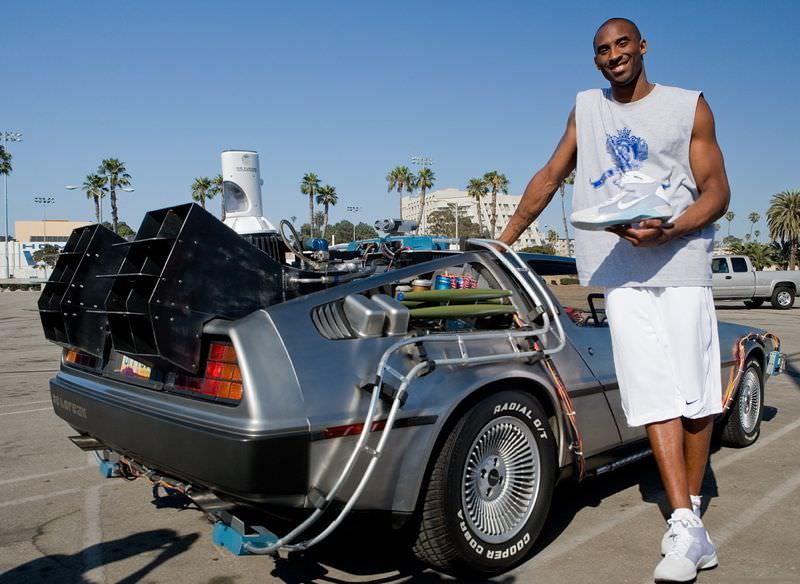 "Kobe Bryant poses by DeLorean DMC-12 in the Nike Hyperdunk ""McFly"""