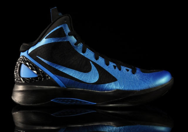 detailed look a6998 224a5 Nike Zoom Hyperdunk 2011 Photo Blue Black