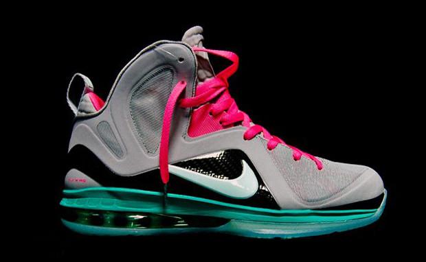 16ab3d2a5a5 Nike LeBron 9 P.S. Elite