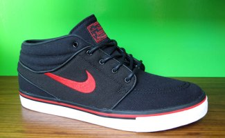 891eb3205ff8 Nike Zoom Stefan Janoski Mid Black Sport Red