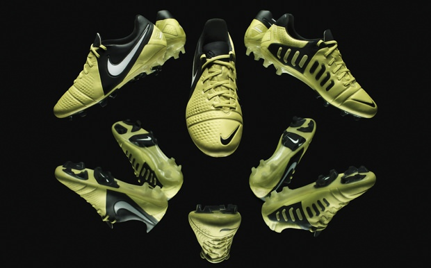 961adc2217de Nike CTR 360 Maestri III