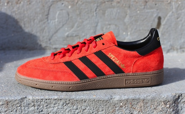 "size 40 ec800 99639 adidas Spezial ""Vivid Red"""