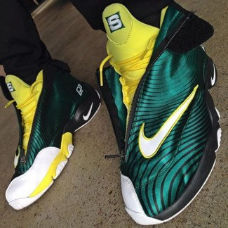 Sole Collector x Nike Air Zoom Flight The Glove