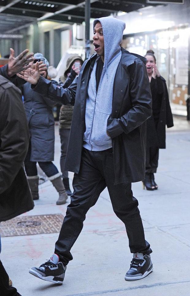 83d9581ebdff ... Jay-Z in the Air Jordan 3 Black Cement