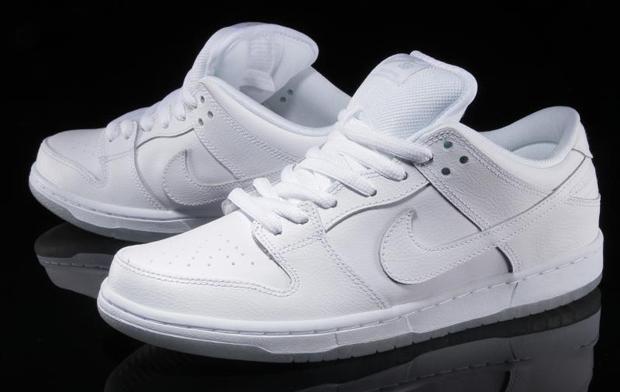 sports shoes 97982 b6f2d Nike SB Dunk Low White Light Base Grey