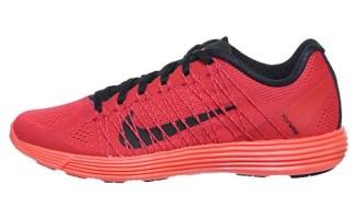 WMNS-Nike-Lunaracer_-3-554683-600-1_large