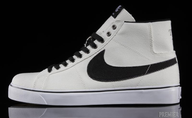 "the latest 74adf fd18a Nike SB Blazer Canvas ""Two Up"""
