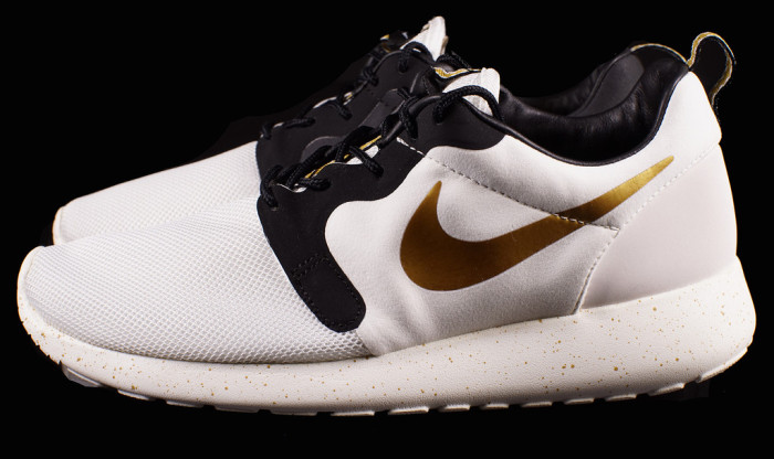 "check out 26ec9 970a9 Nike Roshe Run HYP PRM ""Gold Trophy"""