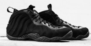 """6fecbbef004 Nike Air Foamposite One """"Triple Black"""" Another Look"""