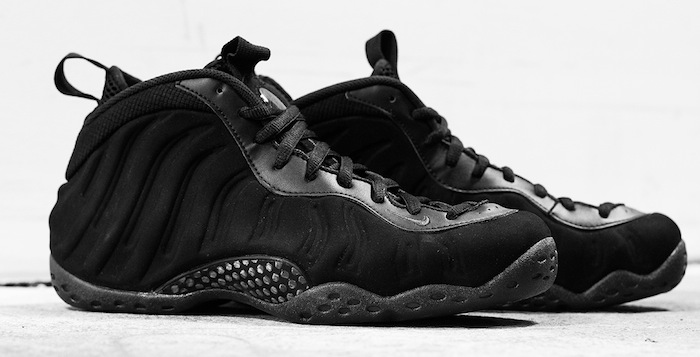 """separation shoes acc6e c0330 Nike Air Foamposite One """"Triple Black"""" Another Look"""