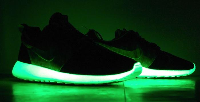 3d0ecdc2ddac2 Nike Roshe Run