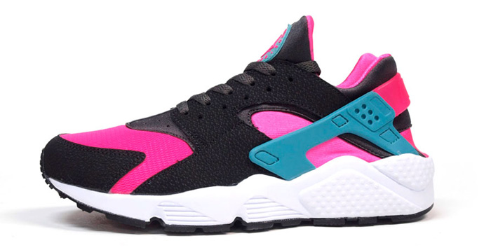 hot sale online a7805 362c7 Nike Air Huarache Hyper Pink/Dusty Cactus Another Look | Nice Kicks
