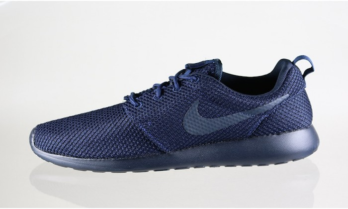 finest selection 40f9a 6bbbc Nike Roshe Run Midnight Navy/Dark Obsidian | Nice Kicks