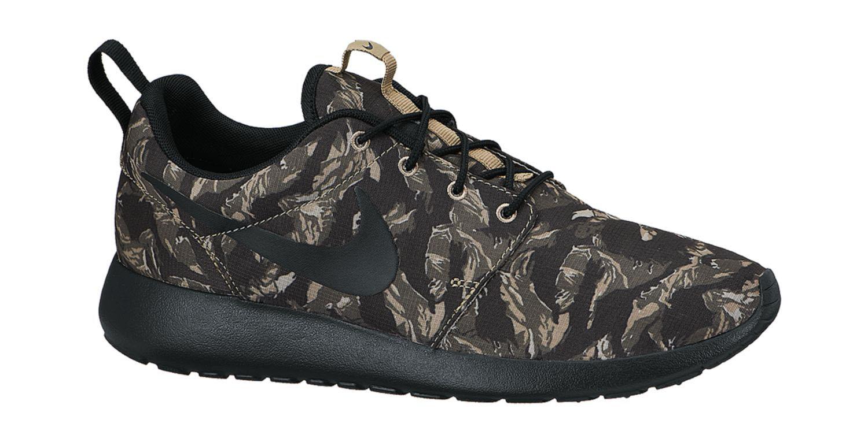 Nike Roshe Run Print Light BoneCargo Khaki | Nice Kicks