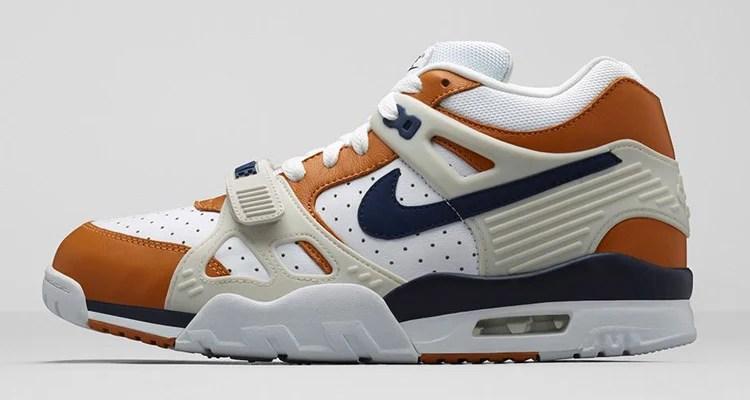 6ef41190f1f25 Nike LeBron 16