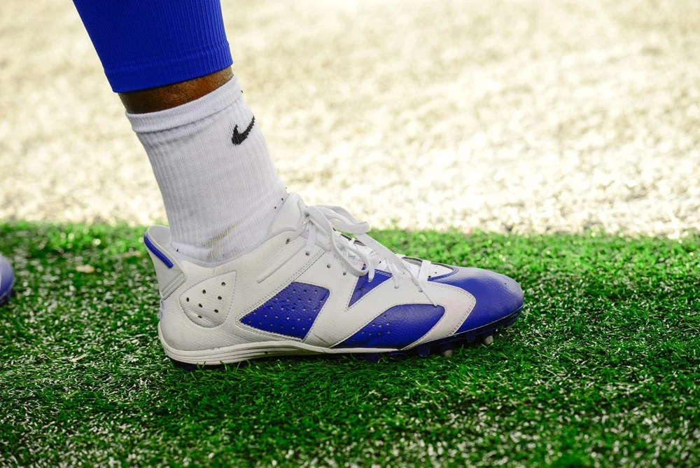 Dez Bryant's PE Air Jordan 6 Low Cleats